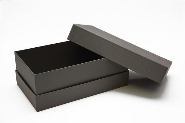 Scatola composta da tre pezzi con fondo interno, 32x19x12